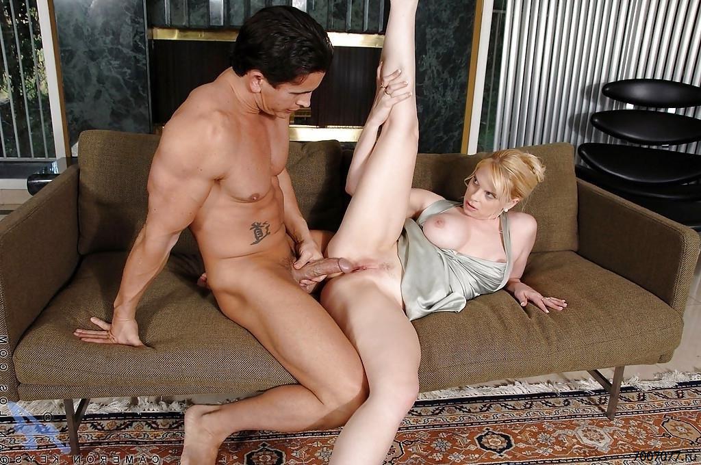 Секс С Соседкой Фото