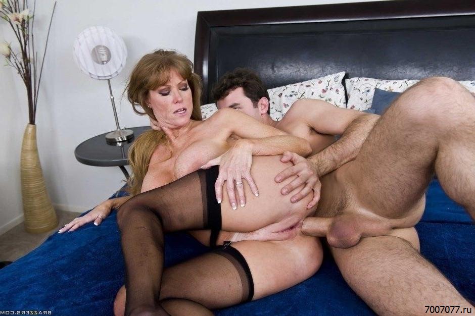 Секс Со Зрелыми Дамами Видео